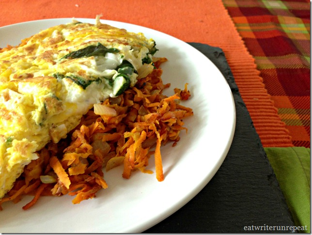 apple onion sweet potato hash browns | eatwriterunrepeat.com