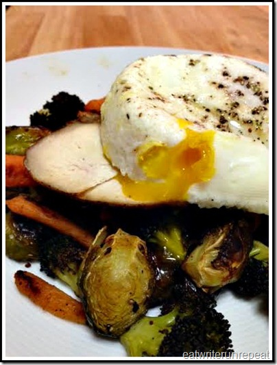 eatwriterunrepeat.com | Whole30 chicken eggs and vegetables