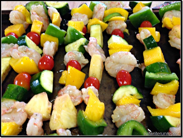 tropical shrimp skewers | eatwriterunrepeat.com