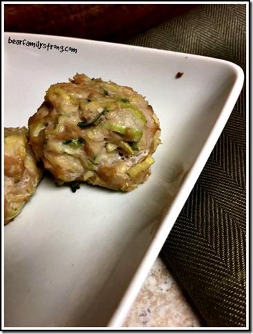 chicken zucchini bites | bearfamilystrong.com